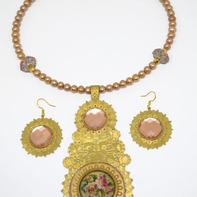 25. Aurora FolkGlamour Arany színű Gobelin Nyakék és fülbevaló